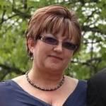 Lana  Zotov headshot